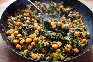 Recipe of the Month April –  Kale and Chickpea Curry